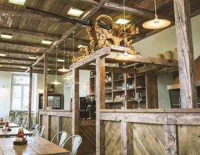 Edistven ambient muzejske restavracije
